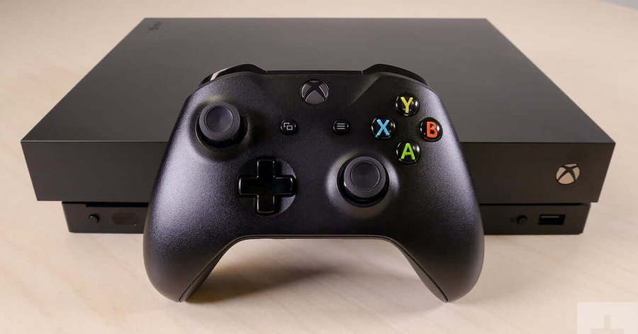 xbox-one-x-review-controller-in-front-system